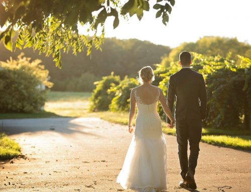 How to Plan Your Wedding with COVID-19 in Mind