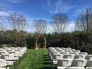 Outdoor weddings at Rand-Bryan House are stunning