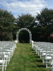 Outdoor ceremonies at The Rand-Bryan House are a bride's dream come true